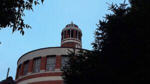 crkva-svetog-ante-padovanskog-vračar-krivi-toranj