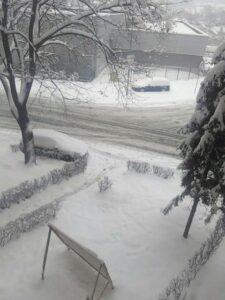 Salvadora-Aljendea-sneg-saobraćaj